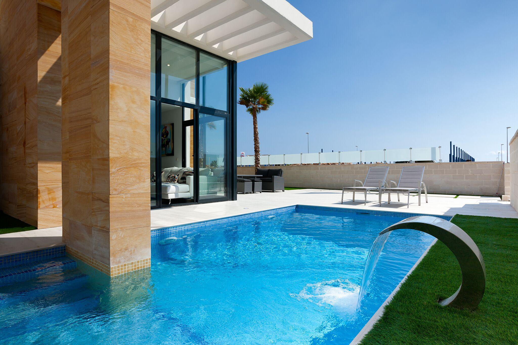 kf943103: Villa for sale in Cabo Roig