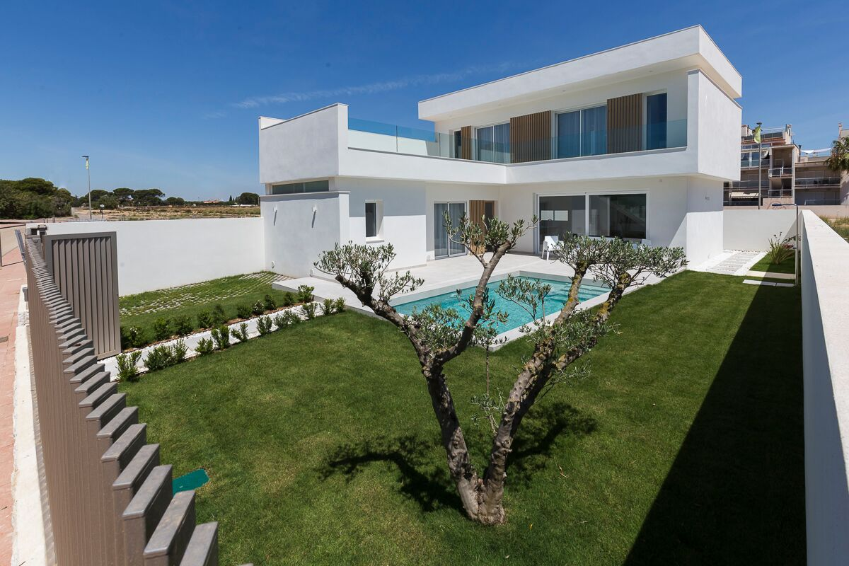 Ref:kf943386 Villa For Sale in Santiago de la Ribera