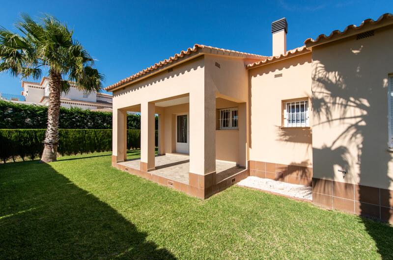 Ref:kf943492 Villa For Sale in Oliva