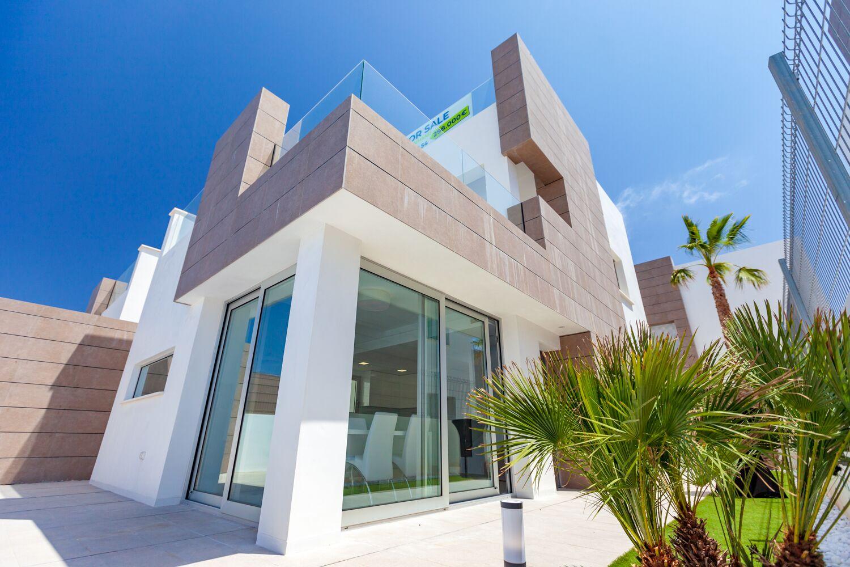 Ref:kf943655 Villa For Sale in El Raso Guardamar