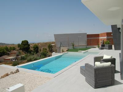 4 bedroom Villa in Busot, Costa Blanca North