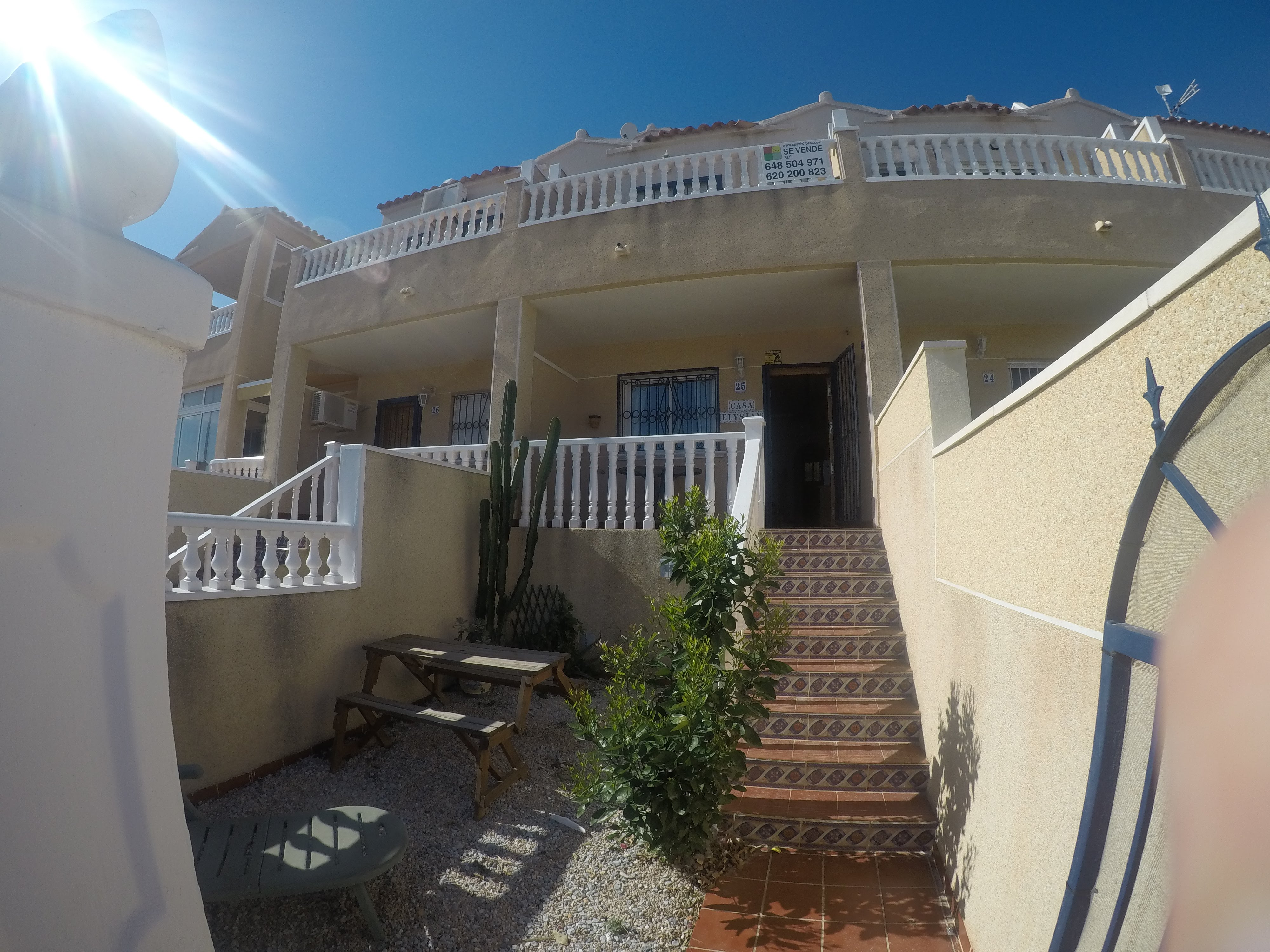2 Bedroom   Townhouse   Alicante   For Sale